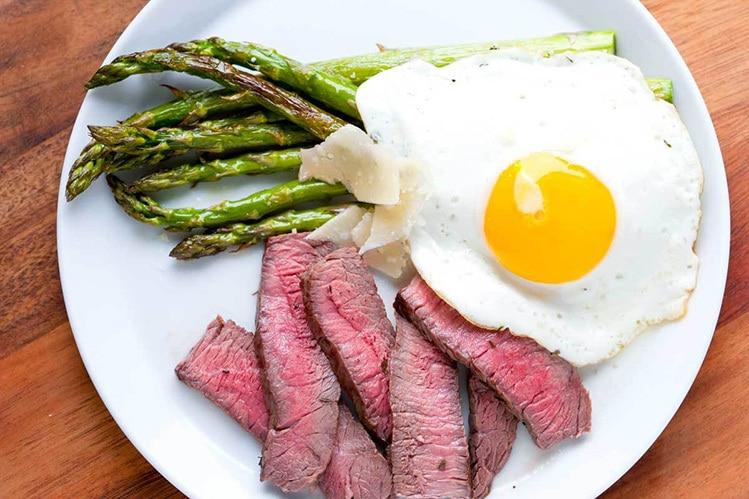 steak and eggs diet benefits
