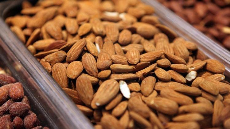 best bodybuilding foods almonds