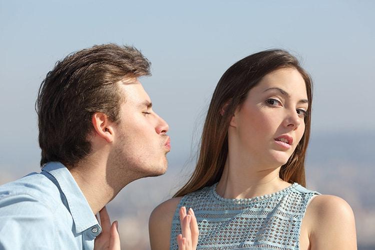 how to kiss a girl masculine development
