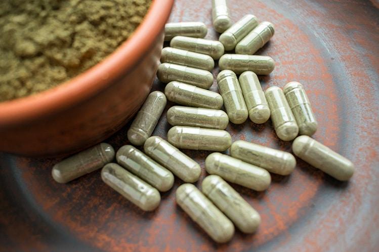 kratom capsules pills